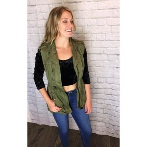 Forever 21 Army green cargo vest ~ Size Small